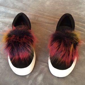 NIB Steve Madden Great Sneakers w/Faux Fur Detail